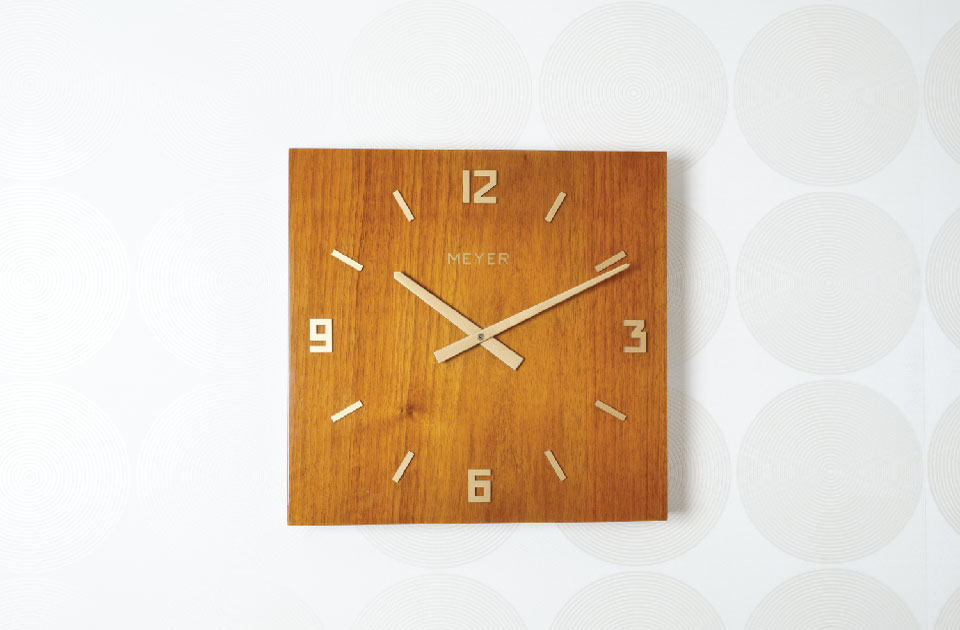 Meyer Objects Solid s a classic wall clock for modern home designs
